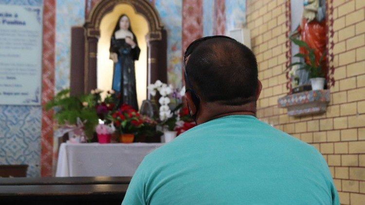 Santa Paulina, confiante em Deus, a serviço da vida