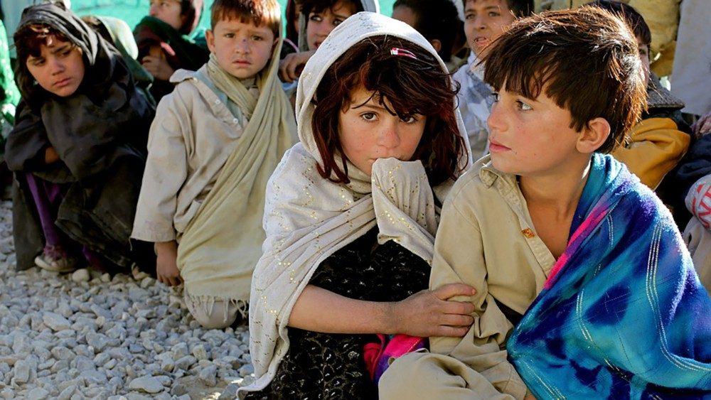 Olhar os outros como irmãos e irmãs para salvar a nós e o mundo
