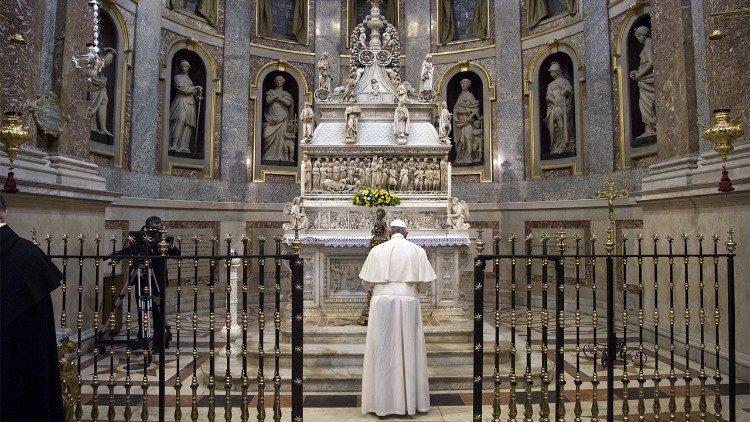 Papa a Dominicanos: inspirados no fundador, criar nova primavera do Evangelho