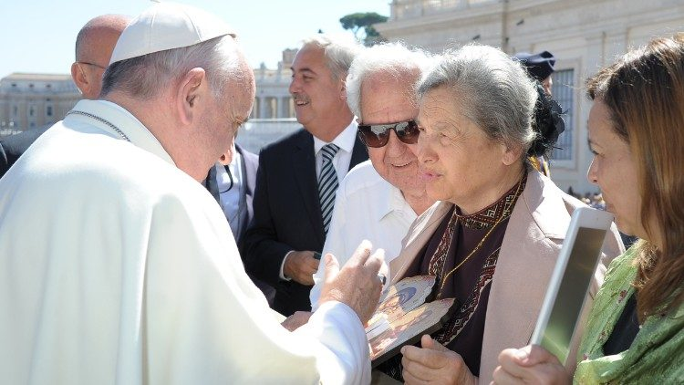 A missão com Padre Bergoglio junto a detentos de Buenos Aires