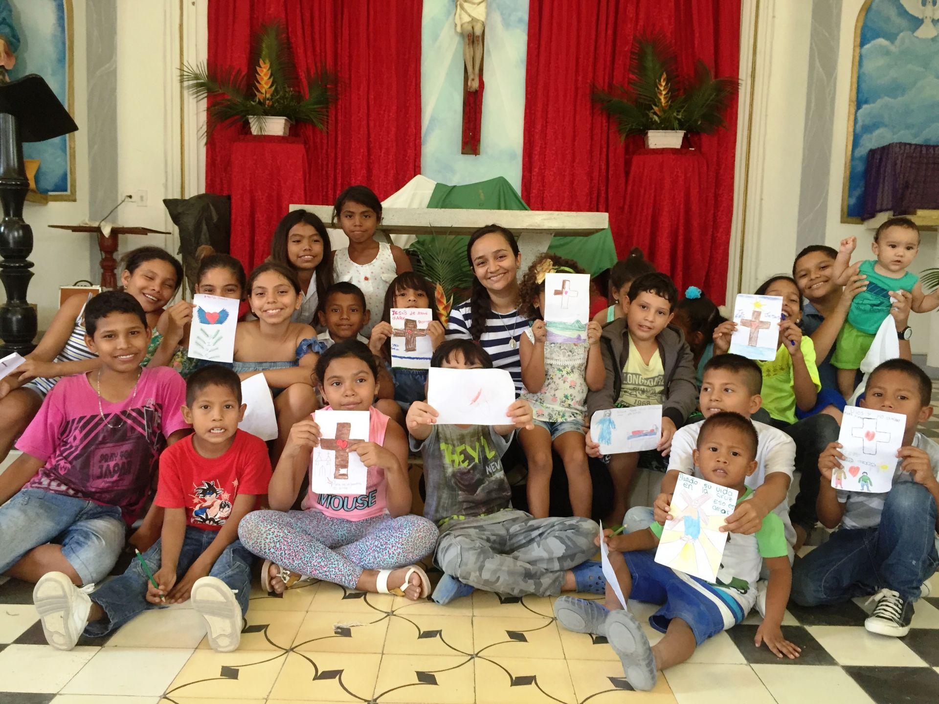 Papa Francisco reforça a importância de ensinar as crianças a rezar