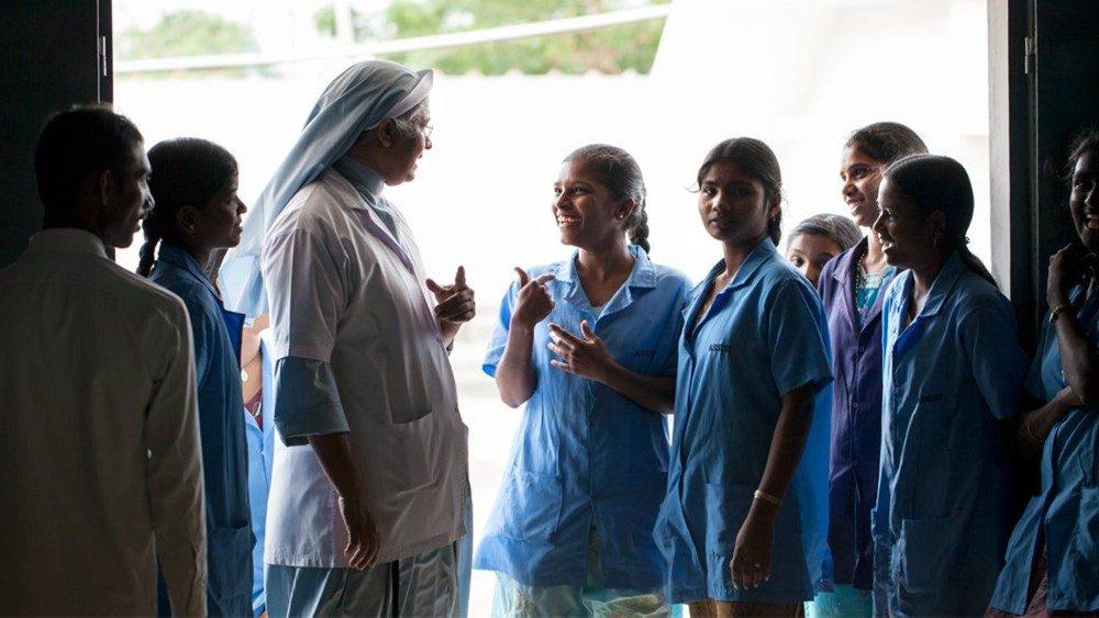 Do algodão orgânico uma oportunidade para 300 jovens indianas