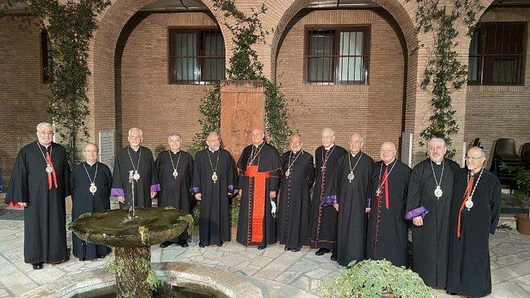 Cardeal Sandri no Sínodo armênio: que o novo Patriarca seja um pai e um guia
