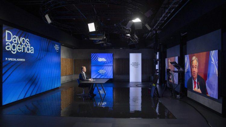 Davos, Turkson: vacina para todos, mas também terra, casa e trabalho