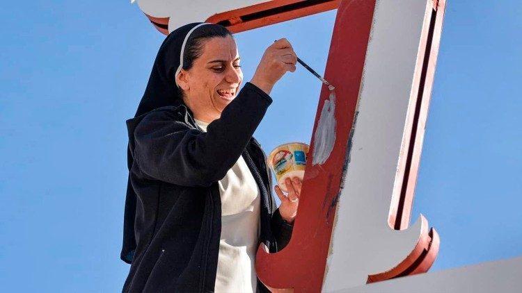 Jovens iraquianos esperam o Papa: sofremos demais, queremos a paz